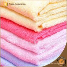 Robe de toilette en bambou biologique doux et bon marché à base de bambou