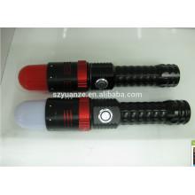 Lumières clignotantes, lampes de poche et torches, la torche à lampe LED la plus puissante