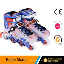 Roller-Turnschuhe / Rollschuhe