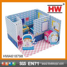 Juego de baño de rompecabezas 3D en casa de juguete de cartón casa
