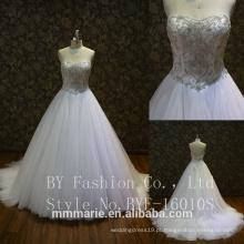 Vestido de noiva de luxo com pérolas de manga comprida Puffy 2017 Vestido de noiva com bola de cristal