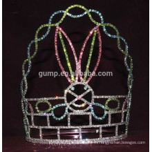 Corona de conejo para el día de Pascua