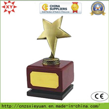 Trophée en métal personnalisé avec base Woodend