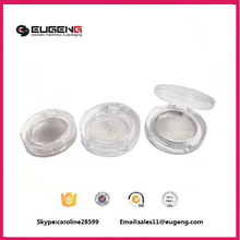 Transparent plastic eyeshadow case with tray