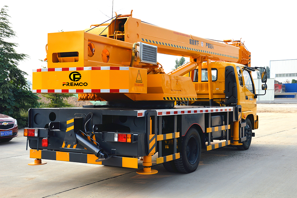 Rower Tipper Chassis for Truck Crane