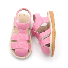Fashionabla Style Mix Färger Kids Squeaky Shoes