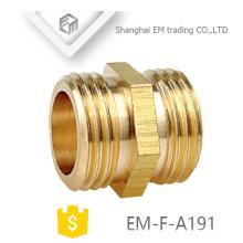 EM-F-A191 Conexión de tubería de conector de latón macho doble