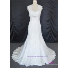 Sheer Neckline Bridal Gowns Botões Vestido De Noiva De Renda