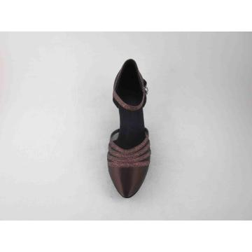 Chaussures de danse en satin marron france