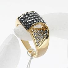 Metal zinc alloy crystal Rhinestone Gold Rings Wholesale jewelry