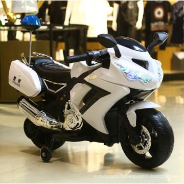 Balade électrique à 3 roues sur des motos en plastique