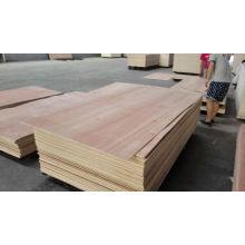 Folha de madeira compensada comercial de Okoume da alta qualidade de 9mm / de 12mm / de 18mm com preço barato