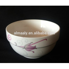 Ensaladera de cerámica blanca con calcomanías