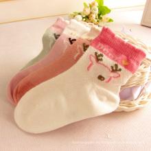 Calcetines de diseño de malla de verano con diseños de gato calcetines de buena calidad para el bebé
