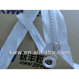 10# plastic zipper with 2-way O/E