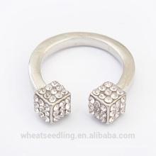 Nuevo anillo de la manera del diamante del cubo del diseño