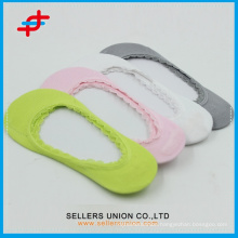 OEM Breathable Lady Bamboo Fiber Boat Socks With Lace Trim And Security Dots/Colorful Socks Bamboo With Factory Price