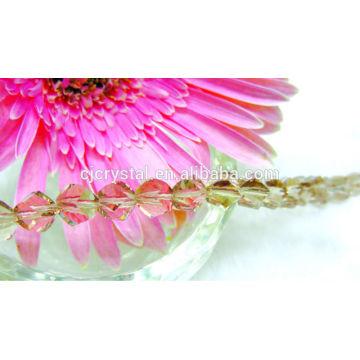 Cristal facetado vidro torção grânulos para jóias decorações