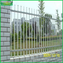 2-Rail плоский верхний порошковый цинковый стальной забор для продажи