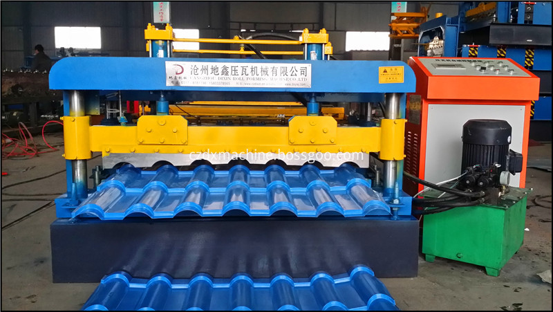 Glazed Tile Roll Forming Machine06