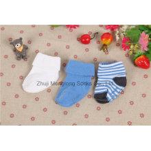Kundenspezifische Design-Baby-Jungen-Baumwollsocken-Säuglingsjungen-Baumwollsocken
