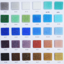 Mosaico de vidrio azul cuadrado de 4 mm de grosor pequeño para el diseño de la piscina