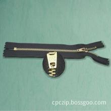 Close-End  Brass Zipper With YG Slider