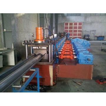 Máquina de fabricación de rollo de barandilla de barandilla de plástico fabricada por Brasil