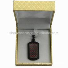 Black fibra de carbono pingente de aço inoxidável com jóias nupcial