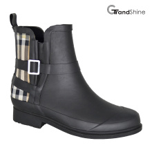 Women′s Fashion Black & Burberry Check Rubber Riding Rainboots