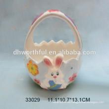 Pintado a mano cestas de cerámica de diseño de conejo para el día de Pascua