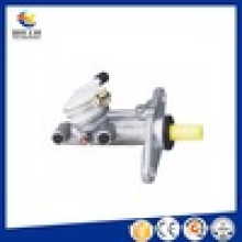 Hot Sale Auto Parts Brake Master Cylinder for Toyota Car