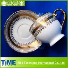Taza y platillo chinos de hueso de diseño Gold Rim (CM612078)