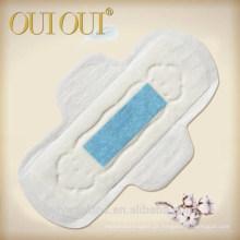 Guardanapos sanitários do aníon absorvente super das senhoras da marca própria