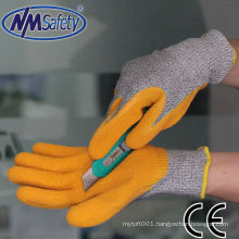 NMSAFETY 13gauge nylon and HPPE and glassfiber coated latex gloves cut resistant