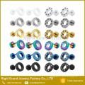 Aço cirúrgico das plugues falsificadas Multi-Cristal chapeadas ouro novas do projeto PVD