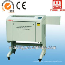 Co2 lasergraviermaschine für kunst und handwerk
