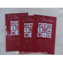Tarjeta de regalo de felicitación hecha a mano de la hoja de oro para el día de madre