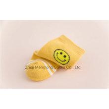 Smile Face Designs Pequena menina algodão meias liso dentro das meias