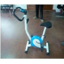 A bicicleta ergométrica e bicicleta de exercício de fita (uslz-03n)