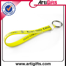 Artigifts promotion gifts silicone wristband keychain