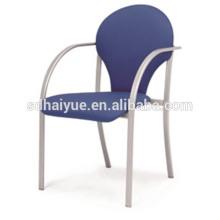 Heißer Verkaufs-Metallrahmen, der Esszimmer-Möbel, Restaurant-Stuhl stapelt