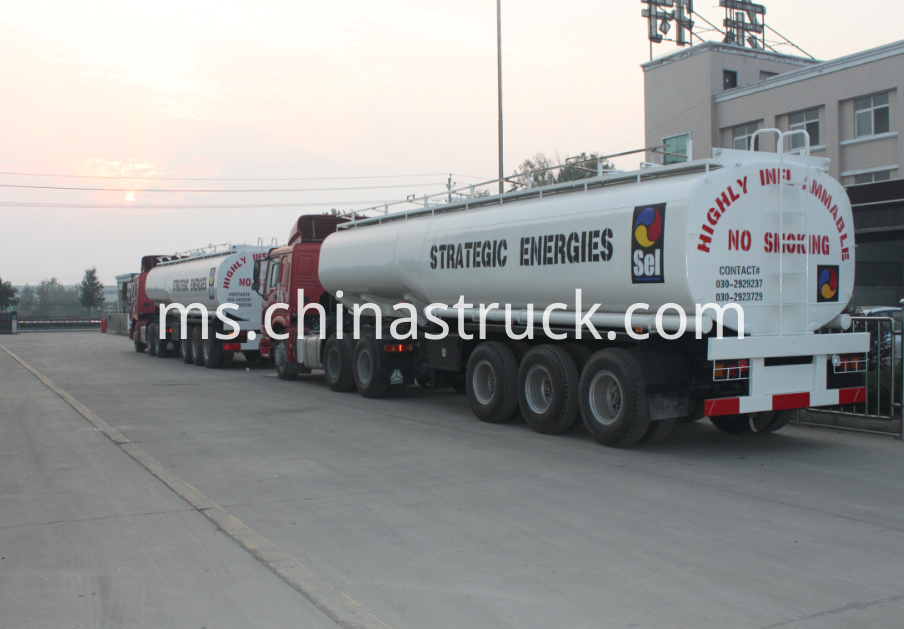 3 axle 40,000 liters fuel tank for Ghana market