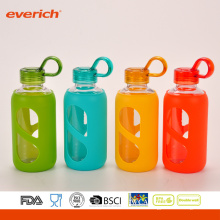 Everich de alto grado borosilicato de vidrio botella de agua con la manga de silicona