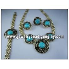 Handmade turquoise jewelry set
