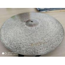 Cymbales traditionnelles 24 '' Ride
