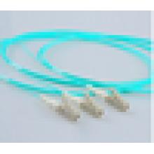 Niveau de télécommunication Simplex 10G 50/125 Multimode LC / SC / ST / FC Pigtail au meilleur prix