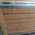 Usine décorative en aluminium clôture panneau support flèche design