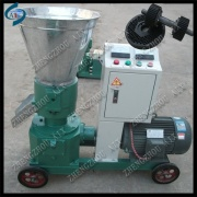 Chicken feed pellet making mill for poultry farm