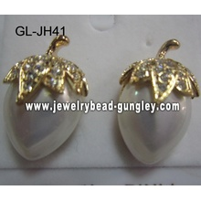 fruit shape shell pear earrings